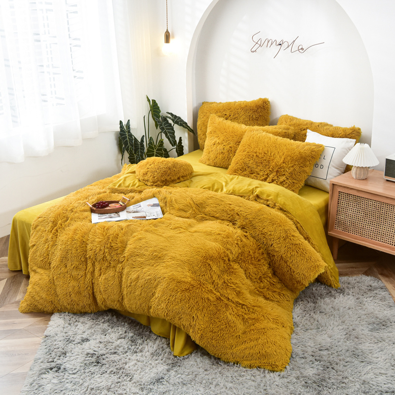 Hot selling luxury microfiber queen size Faux fur long hair beautiful bedding sets